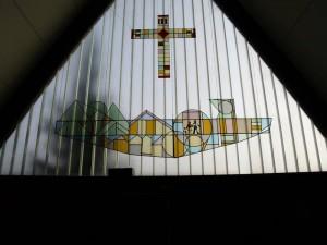 Fensterbildgestalltung von Pfr. W.-D. Rienäcker